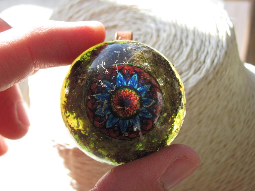 Colgante De Orgon Orgonite con Mandala 3,5cm